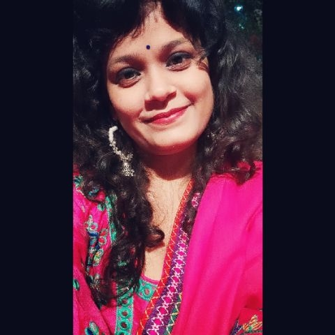Simi Tomar -Dancer Profile Image
