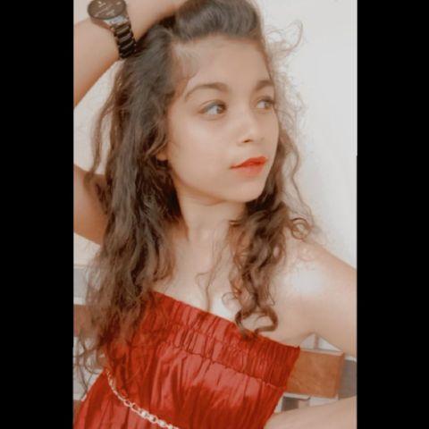 RIYA THAKRE -Dancer Profile Image
